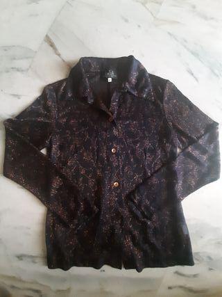 Camisa elástica semitransparente