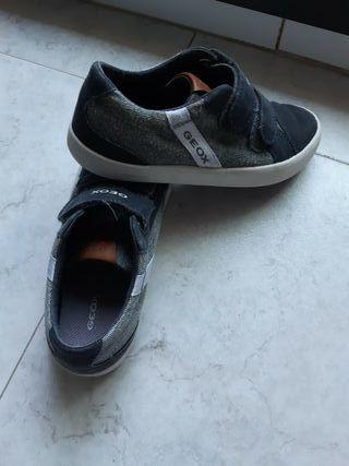 zapatillas Geox número 31
