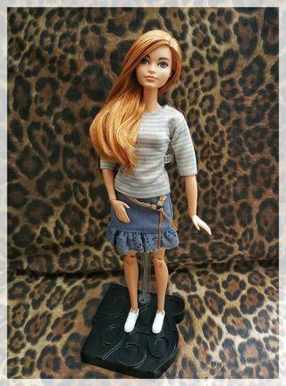 Barbie cuerpo MtM desnuda