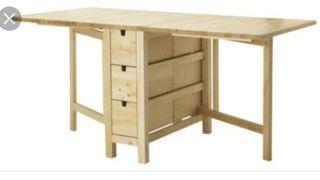 Mesa abatible con 6 cajones
