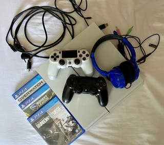 PS4 (500GB)
