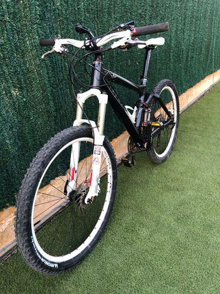 Vendo bicicleta scott genius 50
