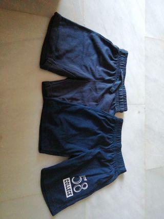 2 pantalones de niño x 5 euros