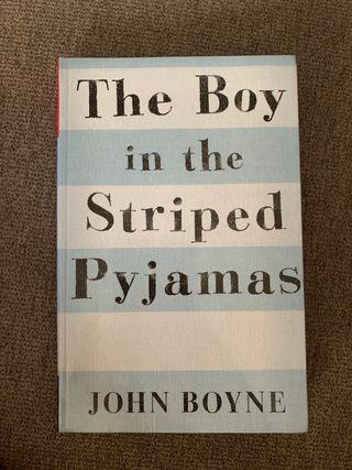 """Libro de lectura """"El niño con el pijama de rayas"""""""