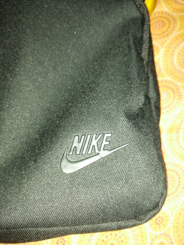 bandolera Nike