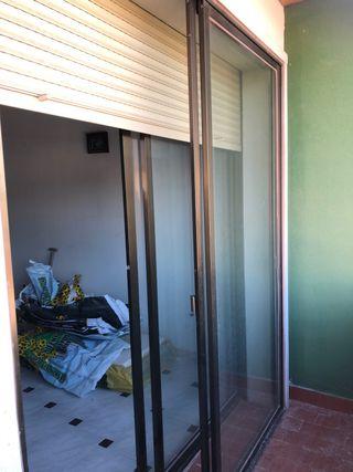 Ventanas de aluminio ( Correderas). 2 unidades.