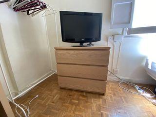 Cómoda IKEA de tres cajones