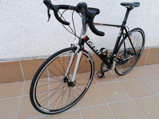 bicicleta de carretera giant deffy 5