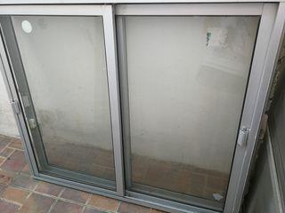 2 ventanas con mosquitera
