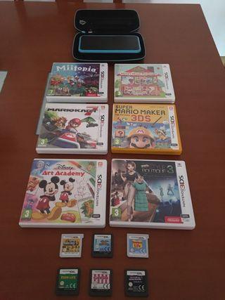 Nintendo 2DS XL + 12 juegos + estuche