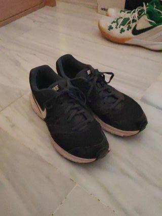 Zapatillas Nike running de segunda mano en Córdoba en WALLAPOP