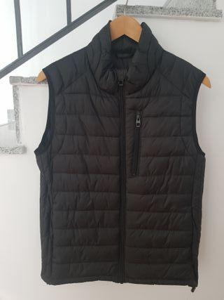 Chaleco plumas negro Zara talla M