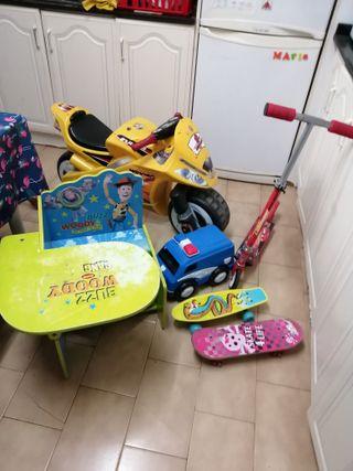 moto, patinete, skate, coche, juguetes