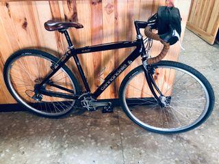 Bicicleta de Gravel/Touring Cannondale