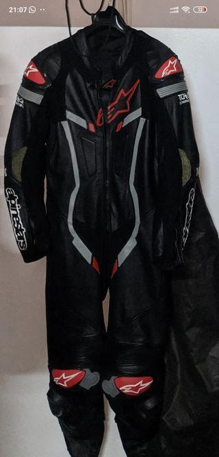 mono de moto alpinestars talla 52