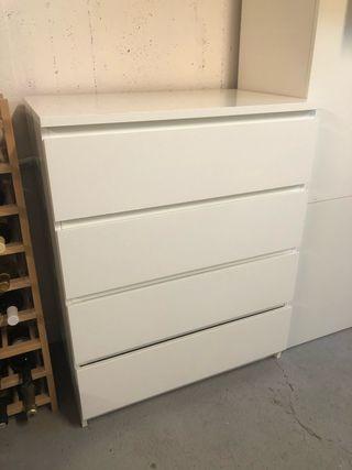 MALM Ikea comoda de 4 cajones