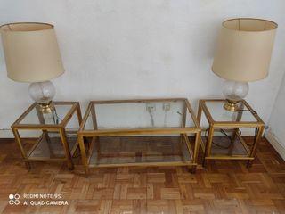 mesa de centro, mesillas y lámparas