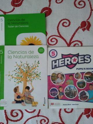 Libros de texto 5° de primaria.