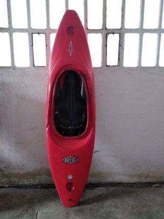 Kayak/Piraguas aguas bravas