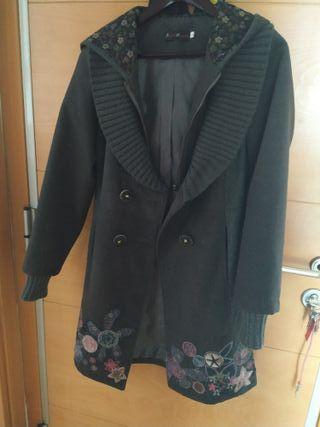 abrigo Isabel Morgado