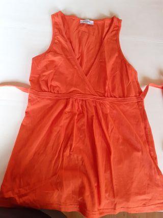 camiseta de niña naranja