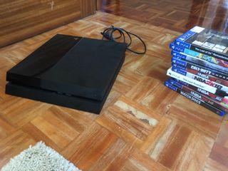 PS4, mando y juegos.
