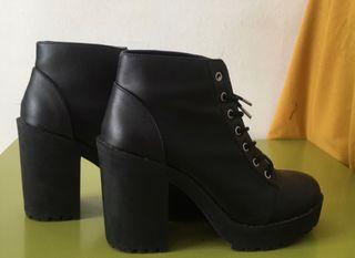 H&M Botines negros con plataforma para mujer