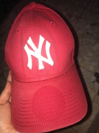 GORRA YANKEES NEW YORK ROJA