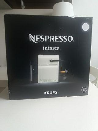 Cafetera Nespresso inissia Krups