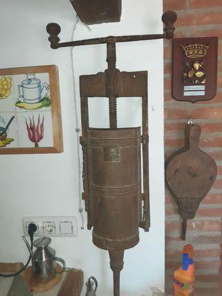 embutidora antigua para decoración