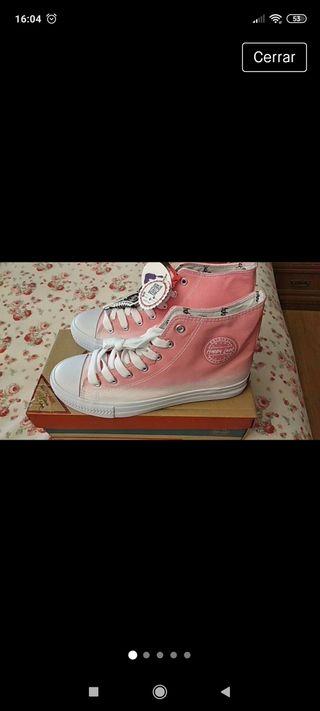 Zapatillas Rosas.