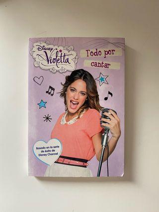 """Libro de Violetta: """"Todo por cantar"""""""