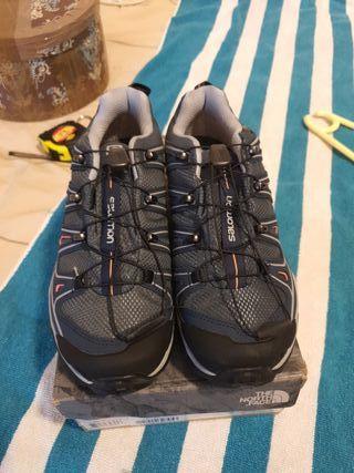 zapatillas SALOMON nuevas número 38