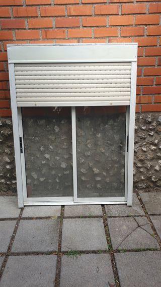 ventana de aliminio