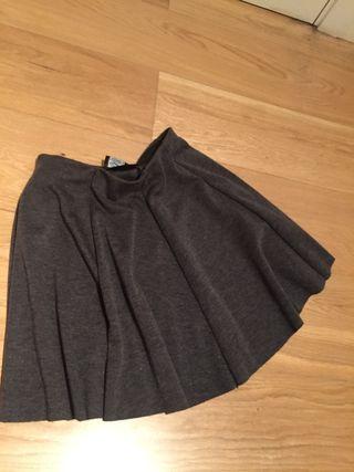 Falda gris de Zara