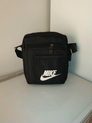 Bandolera/Riñonera Nike
