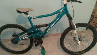 Bicicleta de descenso.