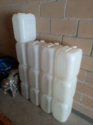garrafas de 20 litros