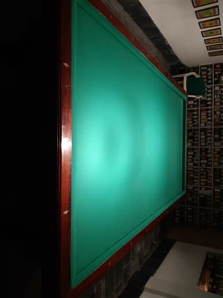 mesa de villar ,juego de luces, taconera