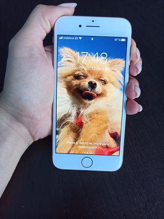 Vendo un Iphone 8 de 64 gb en perfecto estado.