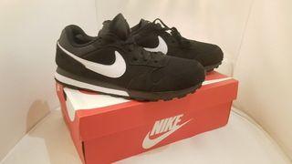 Zapatillas Nike MD runner 2 42.5EU 9US 8UK 27cm