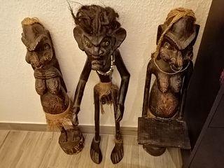 Figuras de madera.