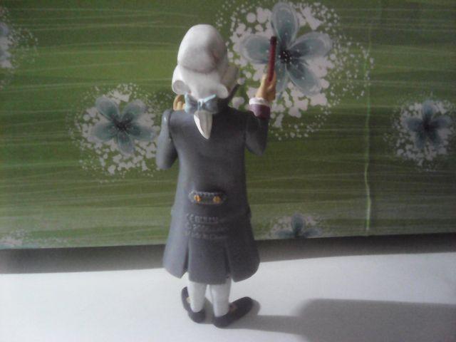 figura serie pequeño mozart little mozart