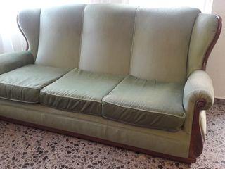 Elegante sofá clásico