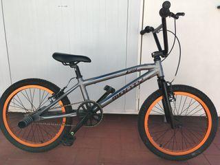 Bicicleta BMX de aluminio MONTY 139