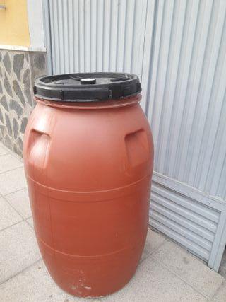 Bidón plástico 700 litros