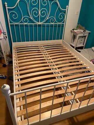 Colchón y cama 1,35