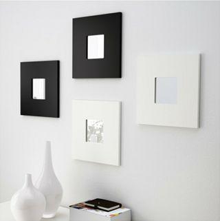Espejos (6) y jarrones (3) Ikea.