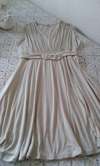 Vestido Beige con Caida Talla XL/XXL