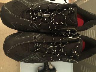 Pedales y zapatillas con calas btt talla 44